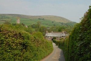 Road to The Rugglestone inn - Widecombe in the Moor